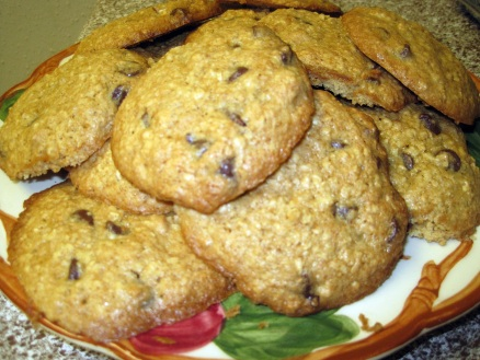 Oatmeal Peanut Butter Chocolate Chip Cookies2