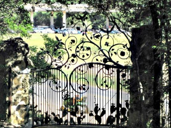 Old Gate Zilker Pk - Frameda