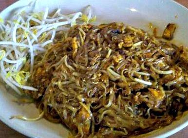 Chicken pad thai arls world chicken pad thai forumfinder Images