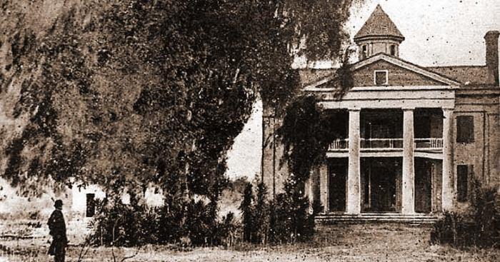 plantationhouse